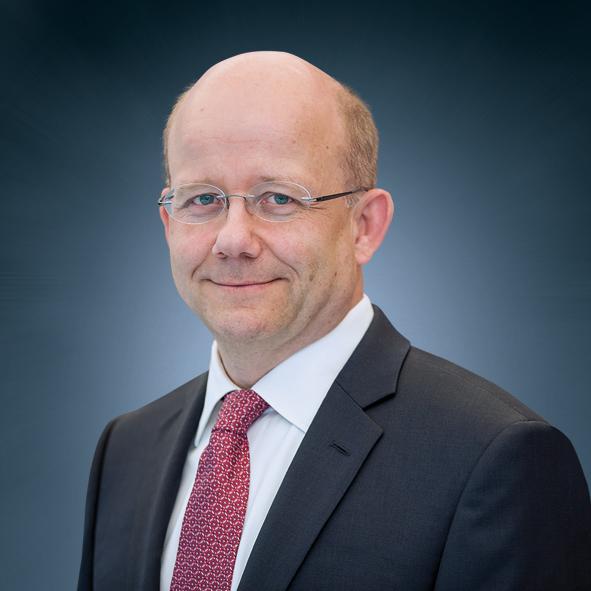 Dr. Stefan Breuer