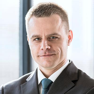 Dr. Alexander Schuchter